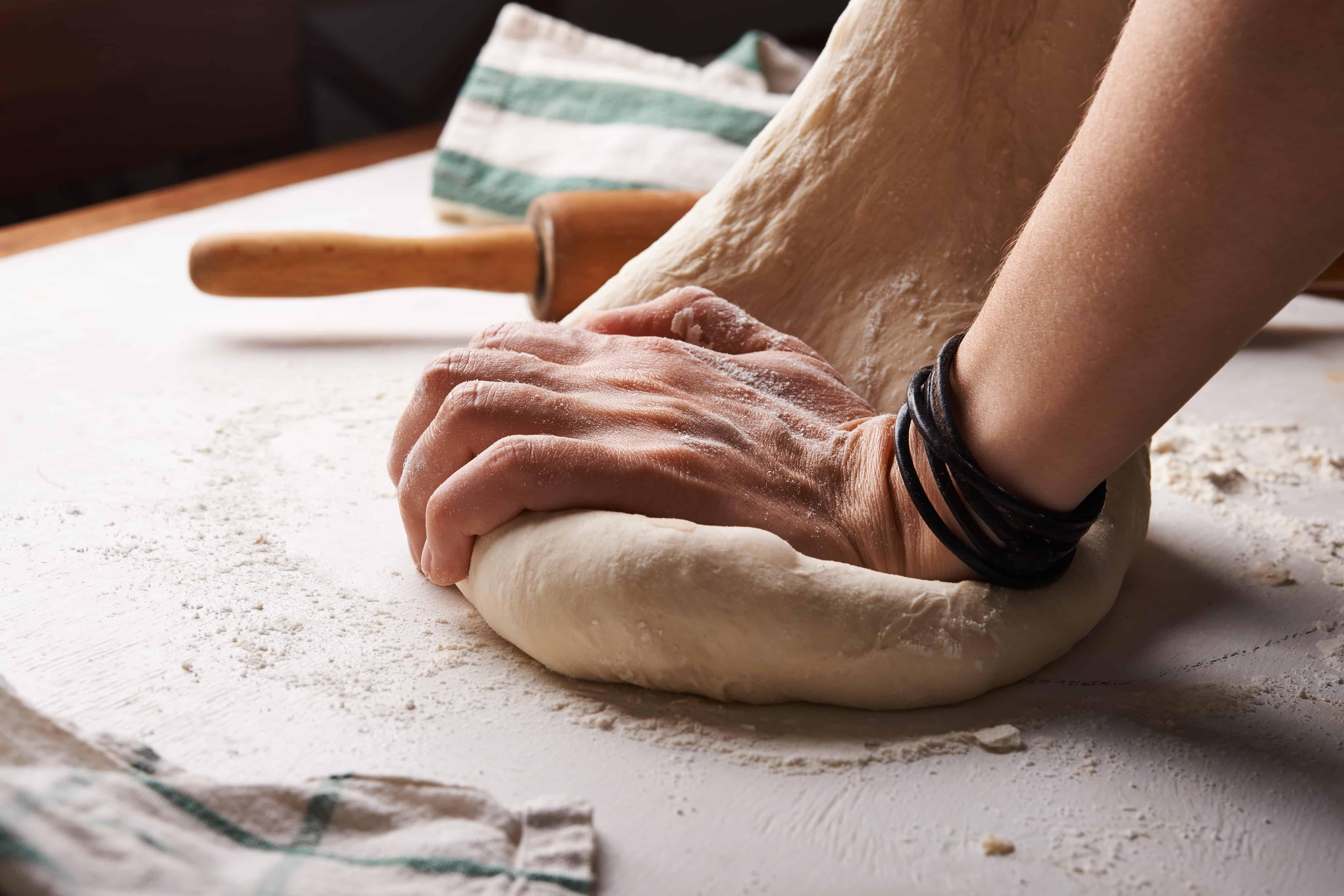 faire le pain avec votre enfant, une forme de coschooling