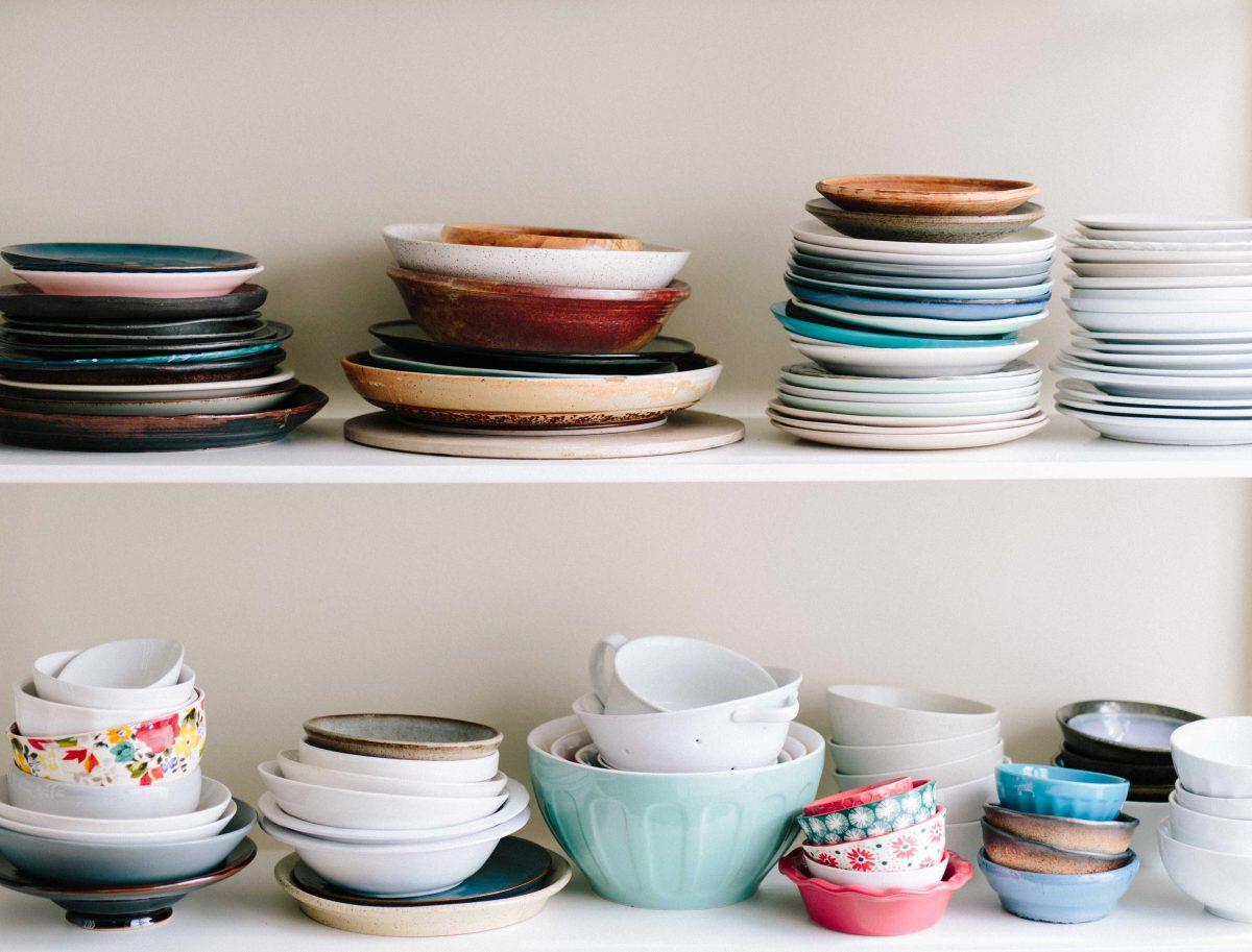 l'accessibilité à la vaisselle fait partie d'un environnement préparé en vacances